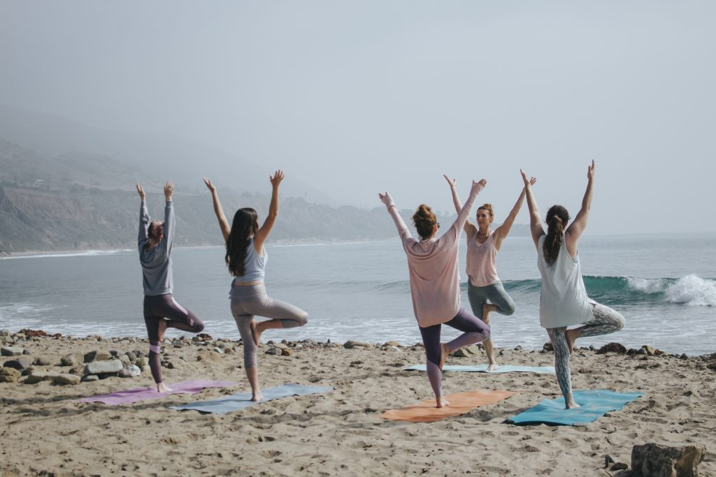 Pour prévenir le stress nous préférons conseiller un cycle de 8 séances de Mindfulness . Loin des idées reçues, cette méthode a fait se preuve scientifiquement nous explique Caroline Vieilleribiere Psychologue à Mont de Marsan